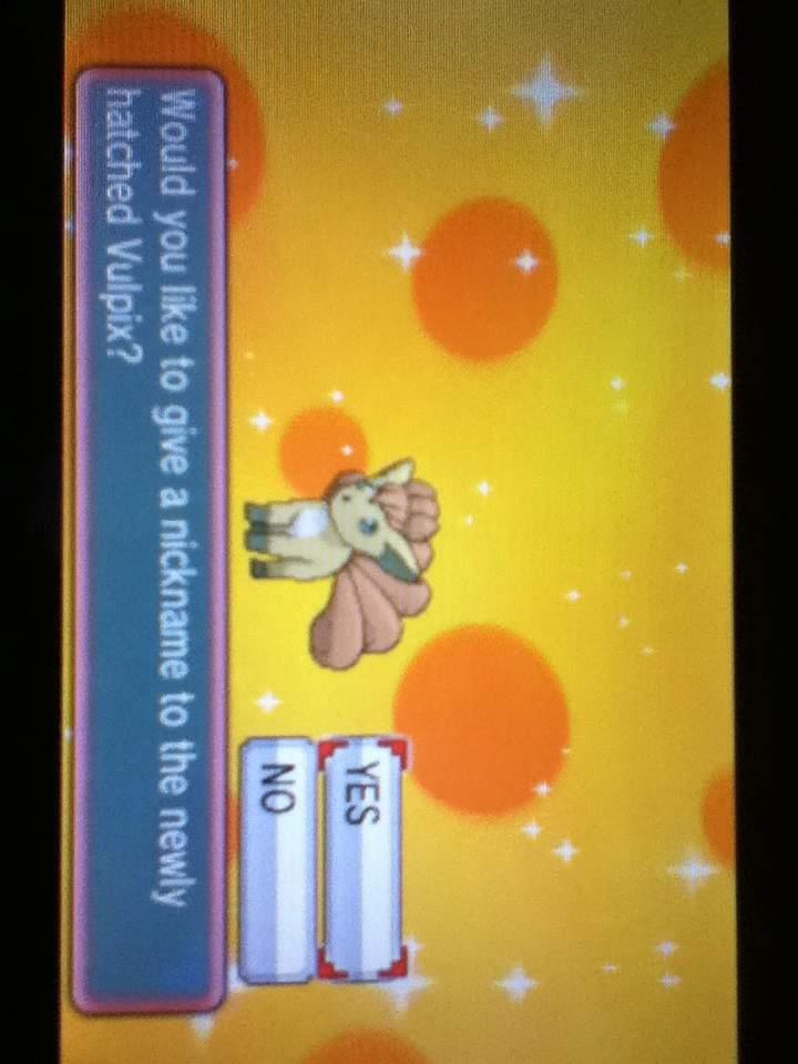 Shiny Vulpix | Pokemon Amino