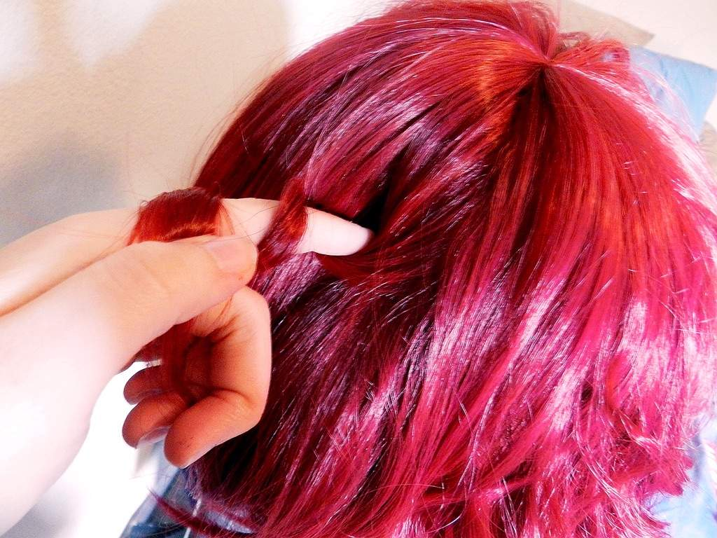 How To Curl Wigs Anime Amino