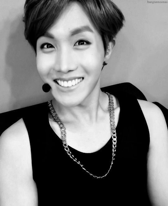 J Hope Smile That smile :scr...