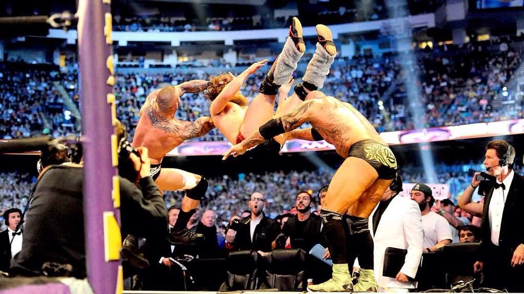 Daniel Bryan Vs Randy Orton Vs Batista | Wrestling Amino
