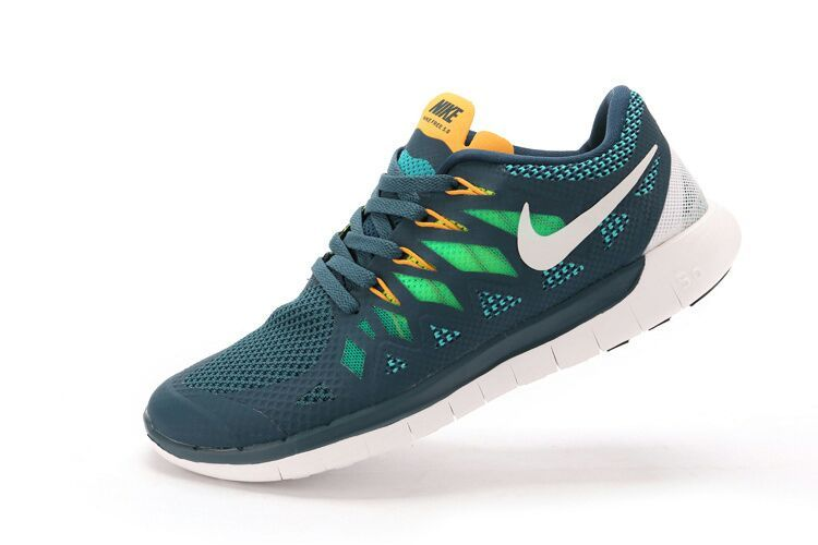 quality design 07254 b4786 93800 fff60  sweden adidas boost vs nike free 5.0 trainersoutlet 1ebce 916aa
