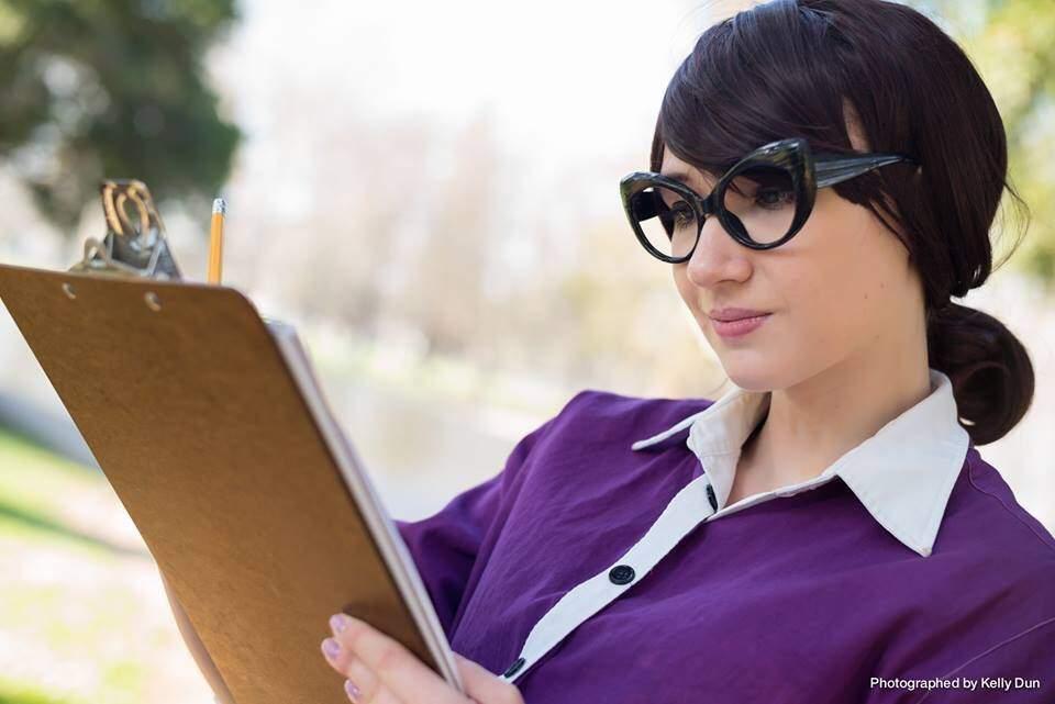 cosplay help pauling Miss