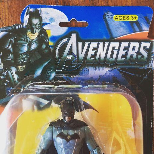 """Résultat de recherche d'images pour """"fake batman toy"""""""
