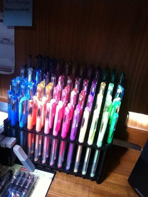 LOOK AT MY TEK WRITER GEL PENS!! 100 of them!! IM SO HAPPY !!