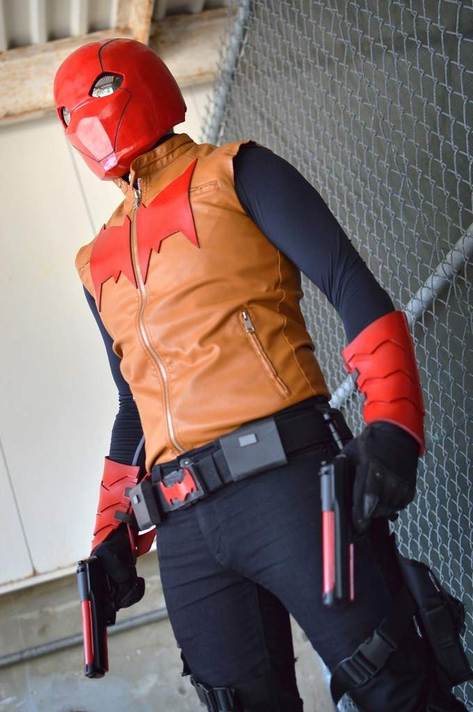 hood Female cosplay red