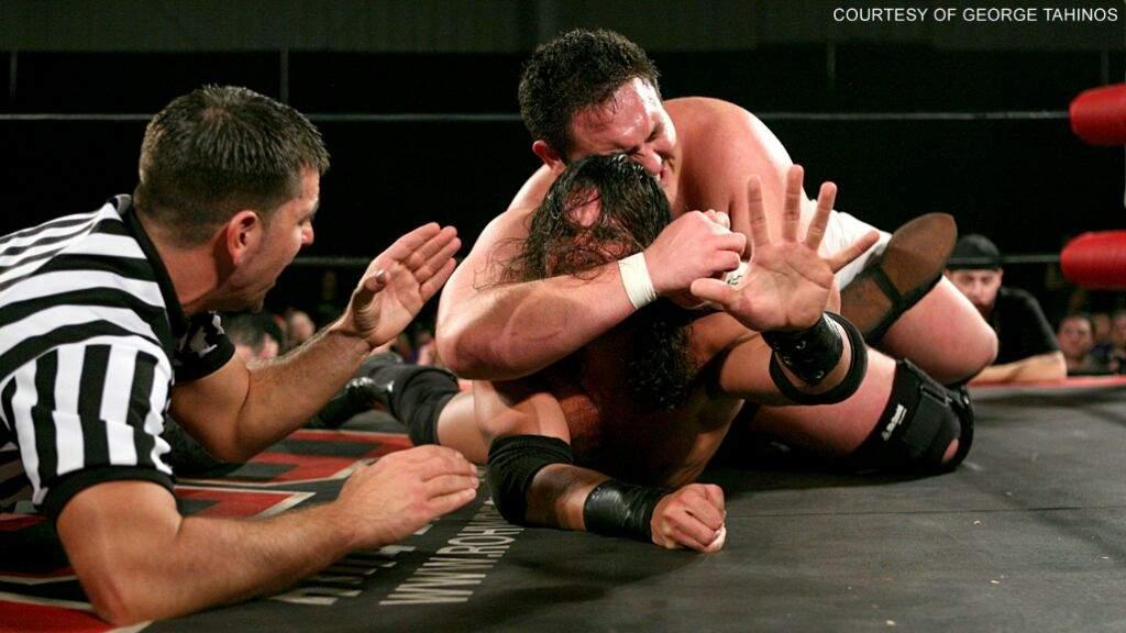 Resultado de imagem para Samoa Joe vs Tyler Black