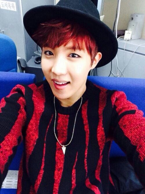 Bts Black And Red Hair K Pop Amino