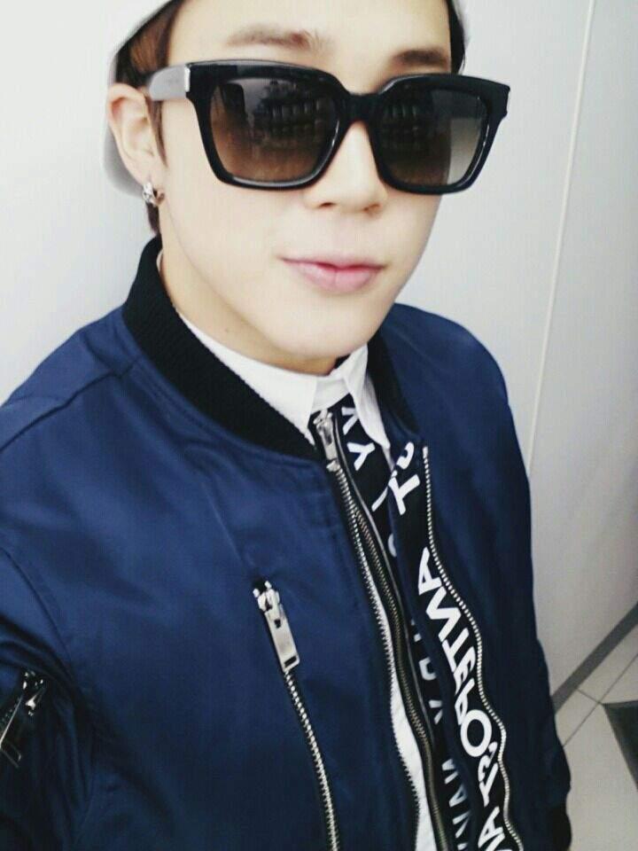 bias with glasses challenge kpop amino