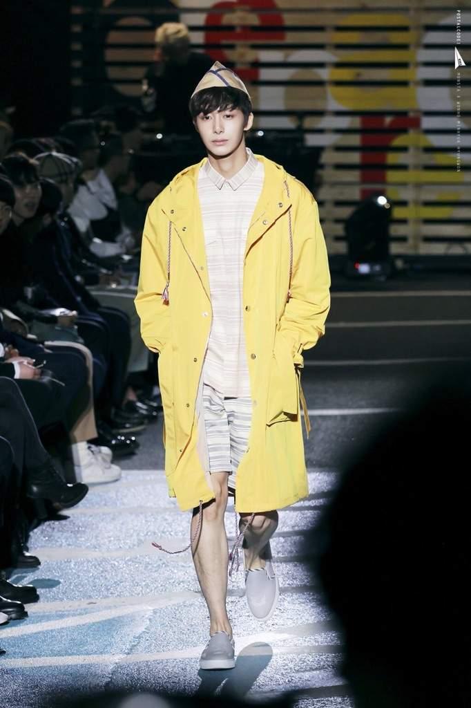 Hyungwon Seoul Fashion Week