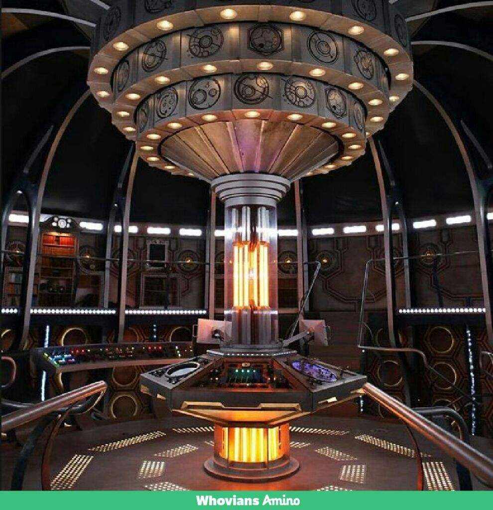 Top 5 TARDIS console rooms | Doctor Who Amino