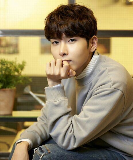 ryeowook dating iu Posts about iu written by popgasa think again this isn't our best effort why are you trying to hide your heart.
