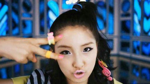 Hot Issue   Wiki   K-Pop Amino