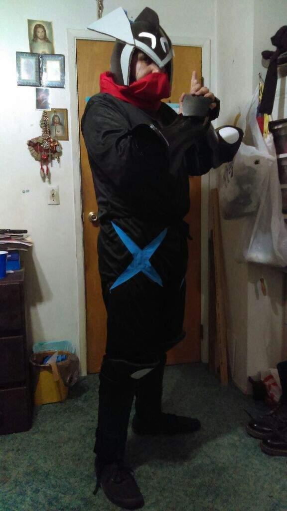shiny greninja ninja done cosplay amino