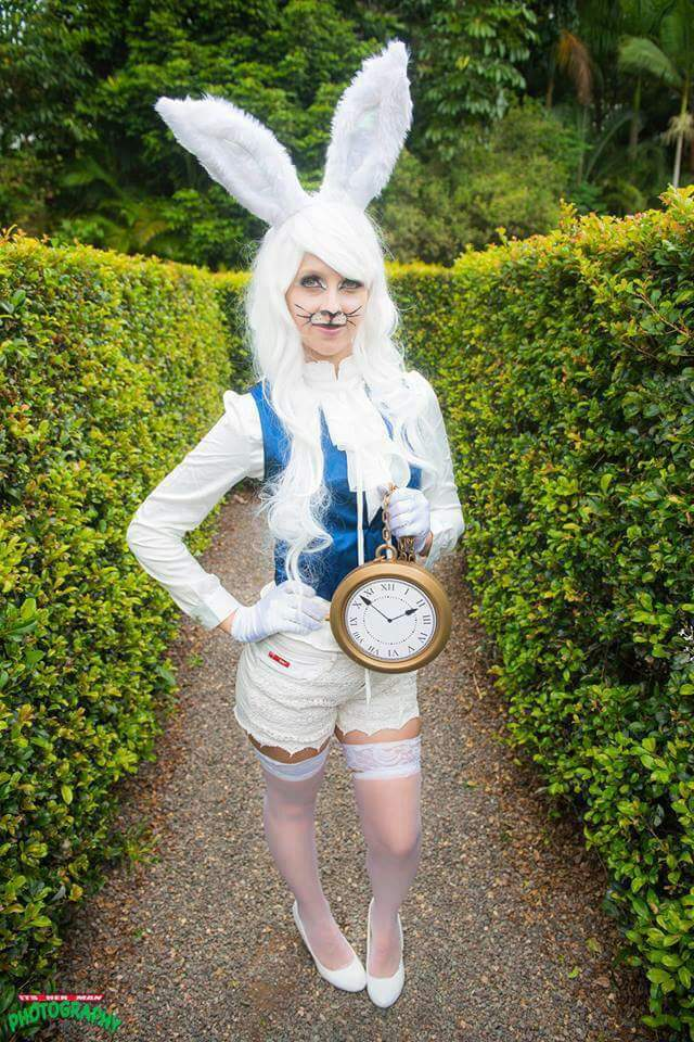 White rabbit cosplay (Alice in wonderland) | Cosplay Amino