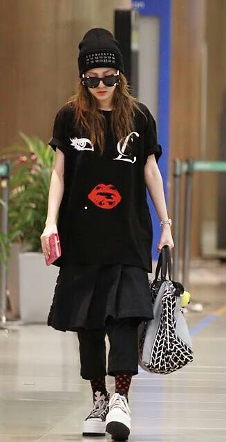 kpop airport fashion girls kpop amino