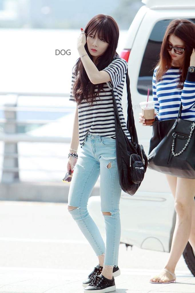 K Idols Ripped Jeans Fashion Trend Style K Pop Amino
