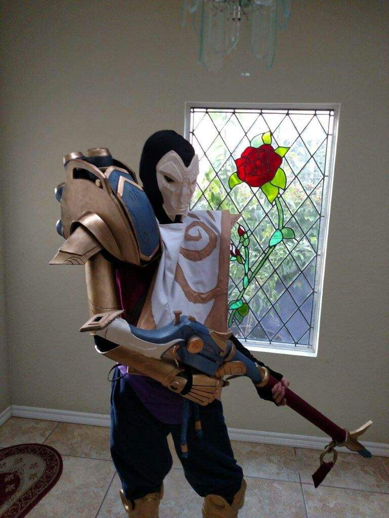 Jhin Cosplay Is Ready For Anime Expo 2016 League Of