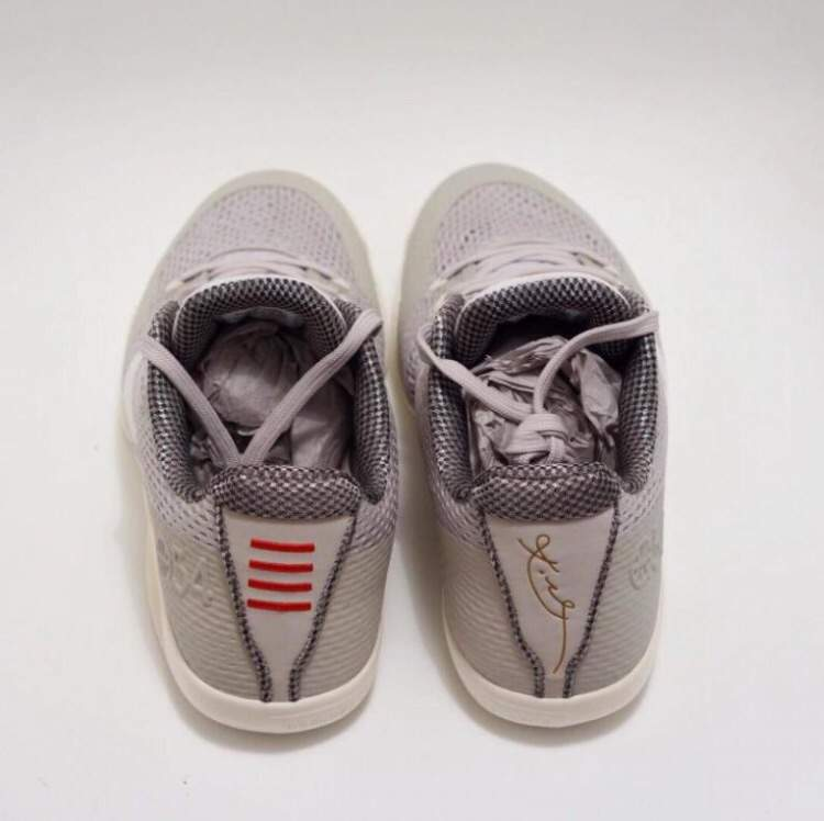 "Extremely Rare Nike Kobe 11 ""Quai 54"" 🔥"