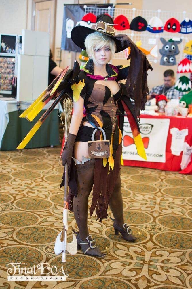 Witch Mercy Overwatch Cosplay Amino