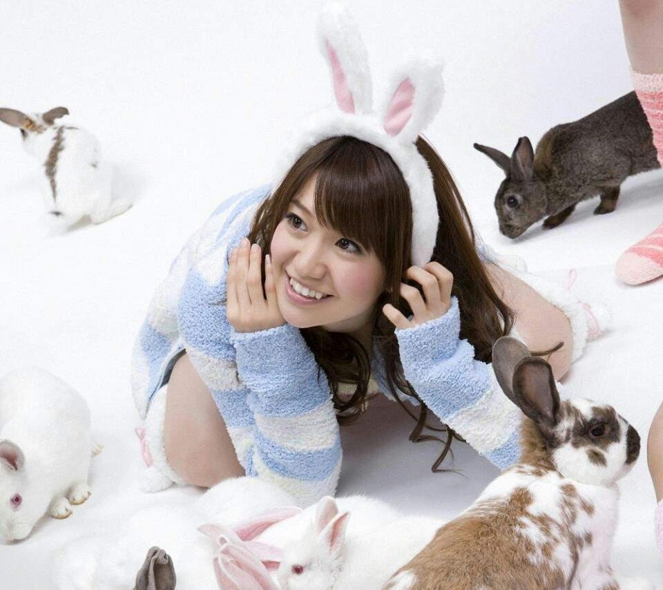ウサギ耳の大島優子