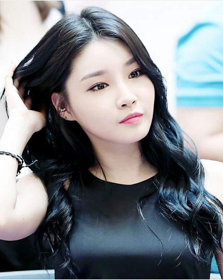 Best Wishes To: Kim Chungha of I.O.I | K-Pop Amino