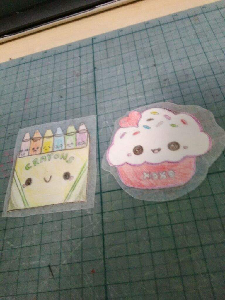 How to make stickers using wax paper