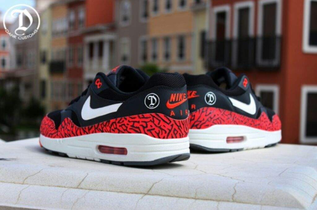 ba970cbae5e2 Nike Air Max 1