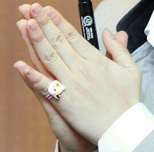 2 girls 1 finger best shockers 10