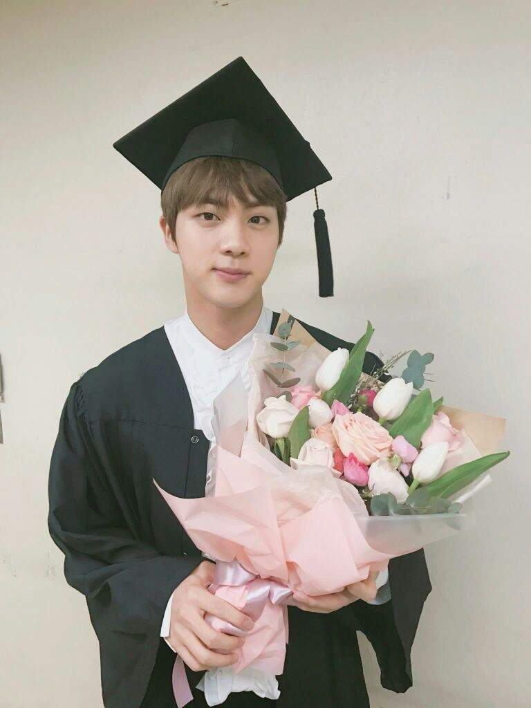 congratulations jin 🎉 k pop amino our princess just graduated college