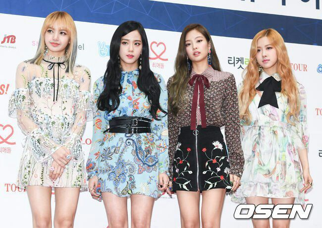 Blackpink Gaon Chart Awards  Red Carpet. | K-Pop Amino