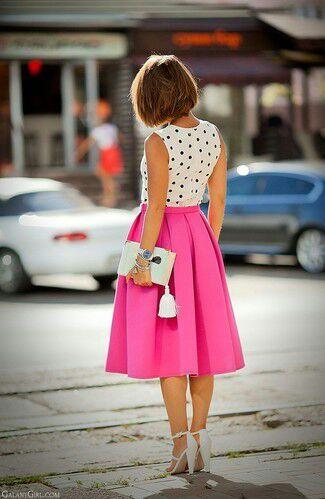 18fff47cd1 Faldas media pierna. La falda es una ...