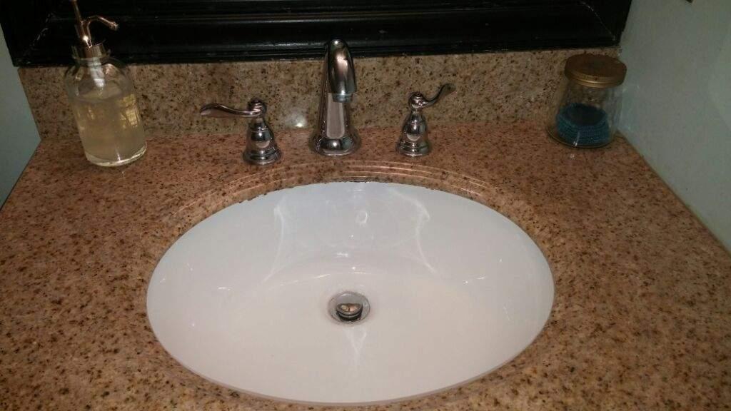 Minimal Bathroom Minimalism Amino Mesmerizing Bathroom Drain Plumbing Minimalist