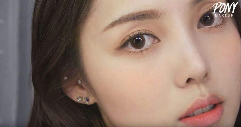 Korean Wedding Makeup 2017 : Trend Series : 2017 Korean Makeup - Eyes Korean Beauty Amino