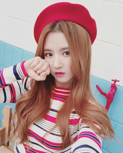Sally Gugudan Wiki K Pop Amino Kpop profiles and korean celebrities profiles. sally gugudan wiki k pop amino