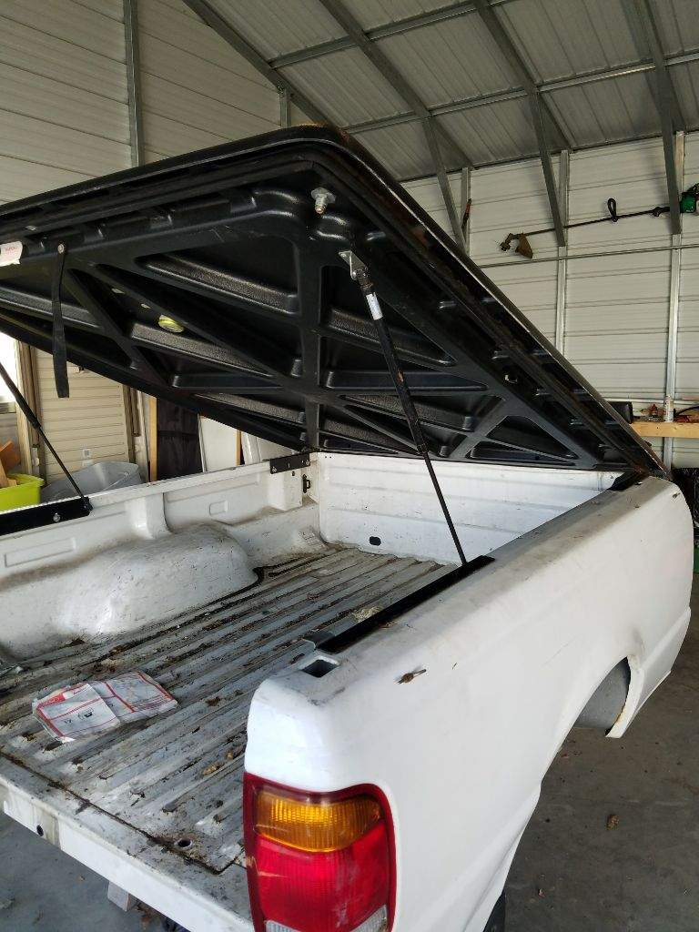 Ford Ranger bed and tonneau cover | Garage Amino