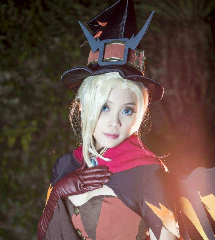 Overwatch witch mercy | Cosplay Amino