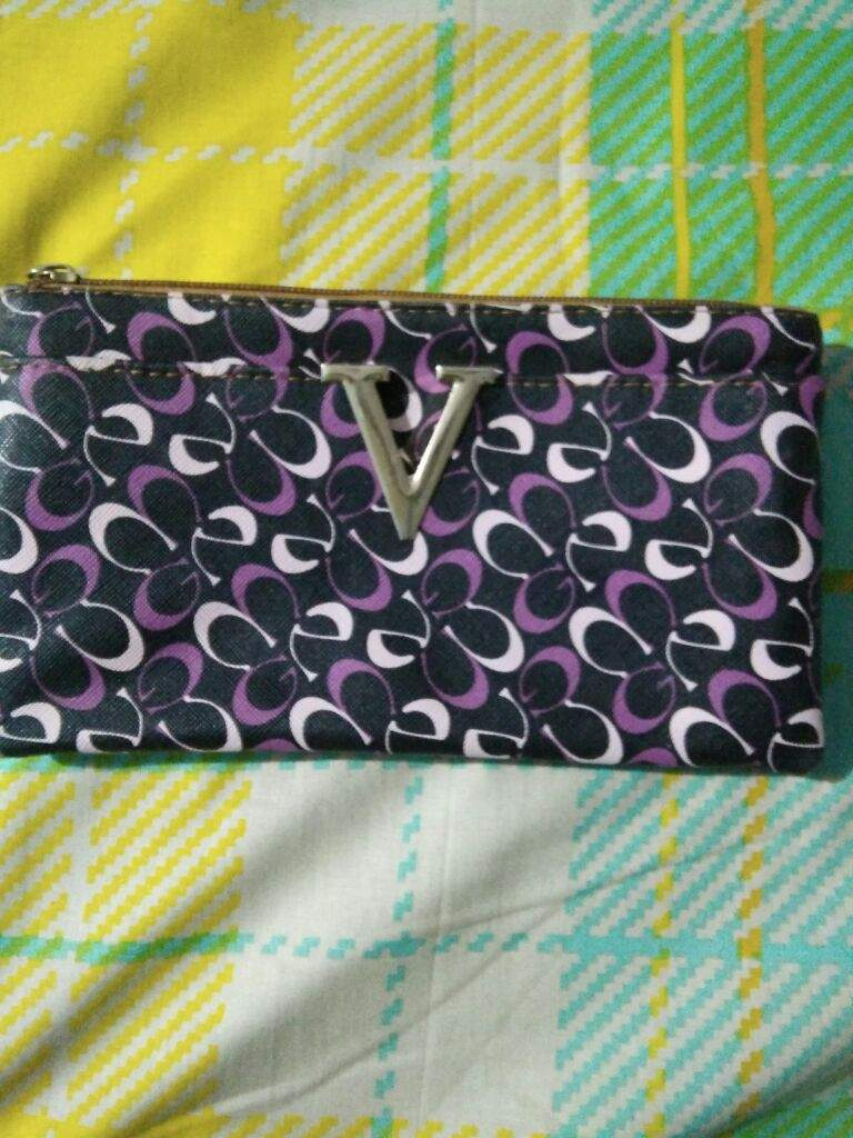My friend gave this purse on my birthday last year   At that