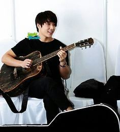 Choi Jong-Hoon (leader, lead guitarist, keyboardis | Wiki