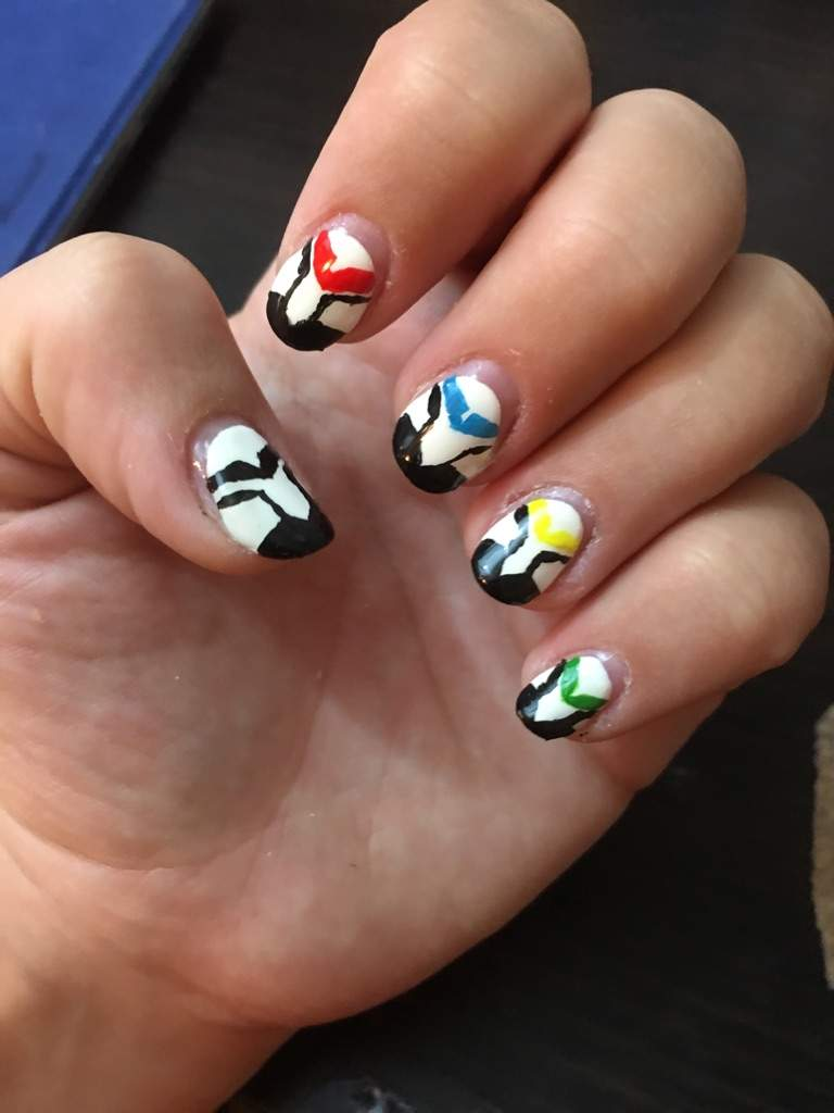 Board so i did nail art voltron amino i had nothing else to do to day so i spent it doing nail art voltron nail art prinsesfo Gallery