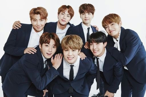 Such A Cute Picture Of All Members Together Armys Amino