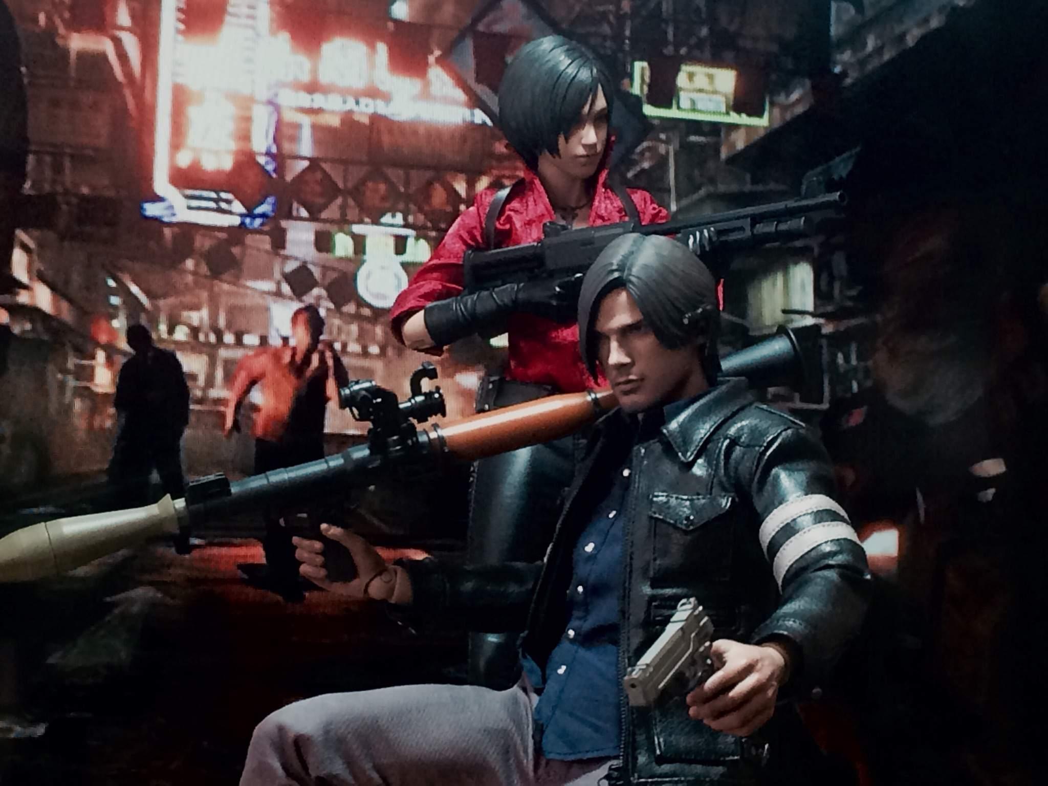 Figure Showcase Updated Hot Toys Resident Evil 6 Leon S