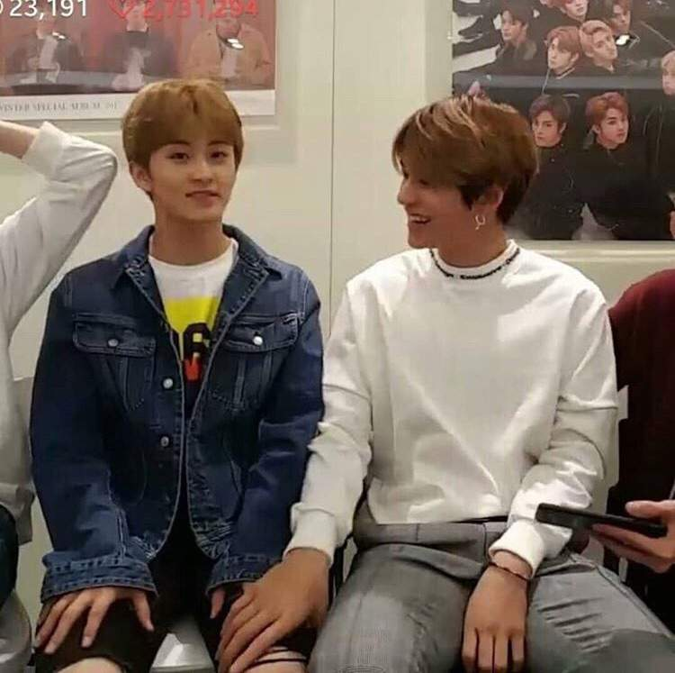 Mark and Lucas Vlive   NCT (엔시티) Amino