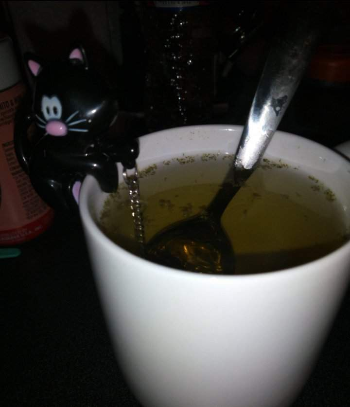 Mugwort Tea 🌿🍵 | The Witches' Circle Amino