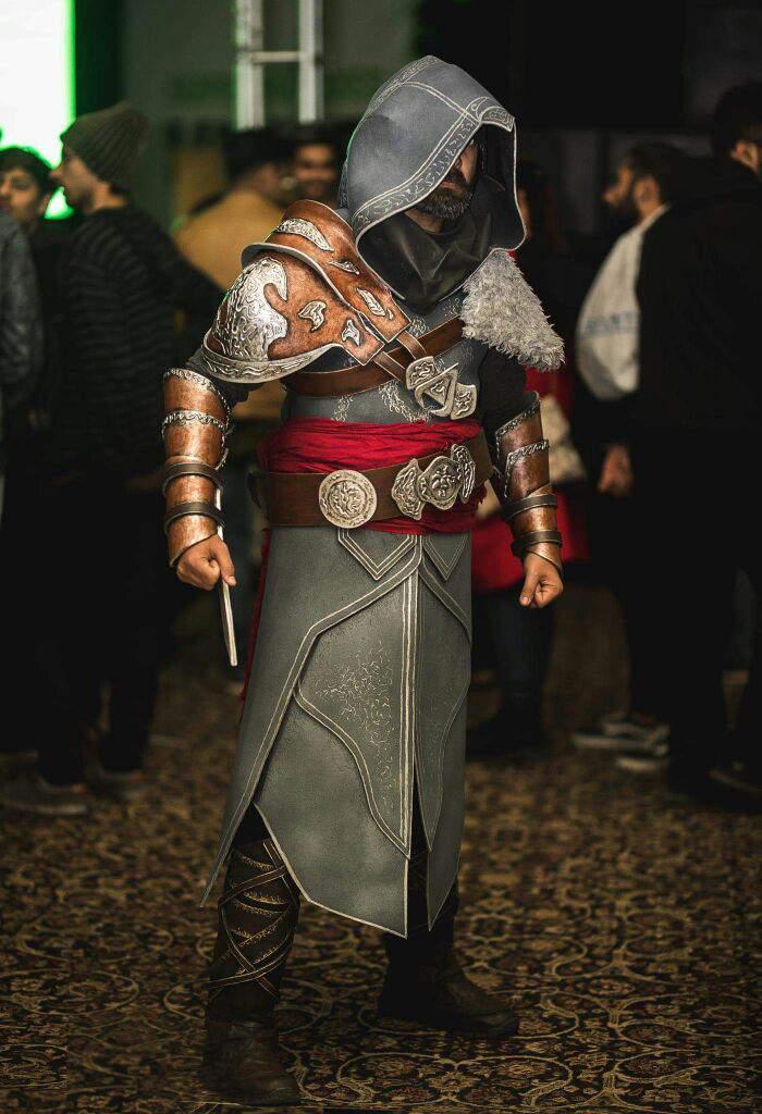 Ezio Assassin S Creed Revelations Cosplay Amino