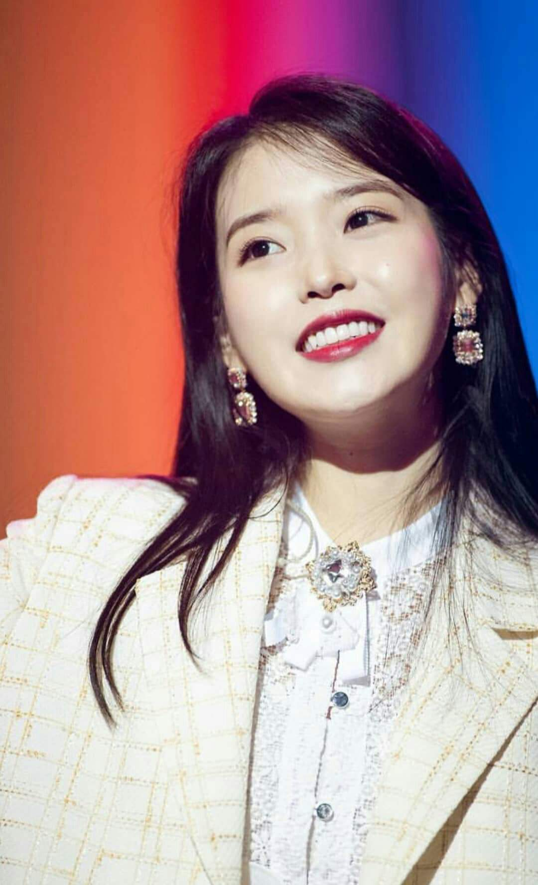 [Updated] Rumors of YG manager scamming Black Pinks Lisa