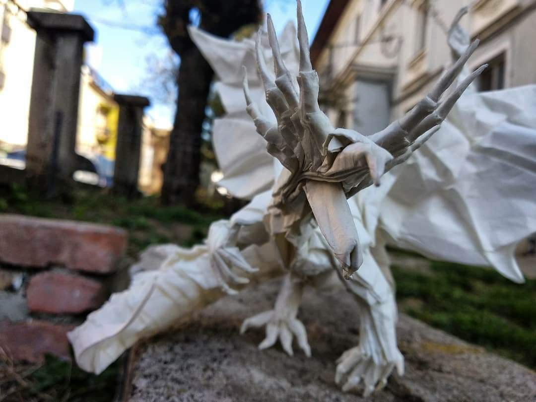 Small Ancient Dragon designed by Satoshi Kamiya. 17x17cm Kami ... | 810x1080