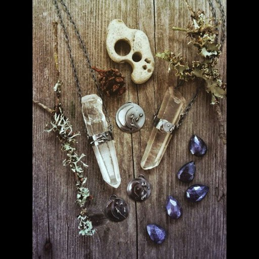 Hag Stone Wiki Pagans Witches Amino The infamous hag stone has occupied myth and. amino apps
