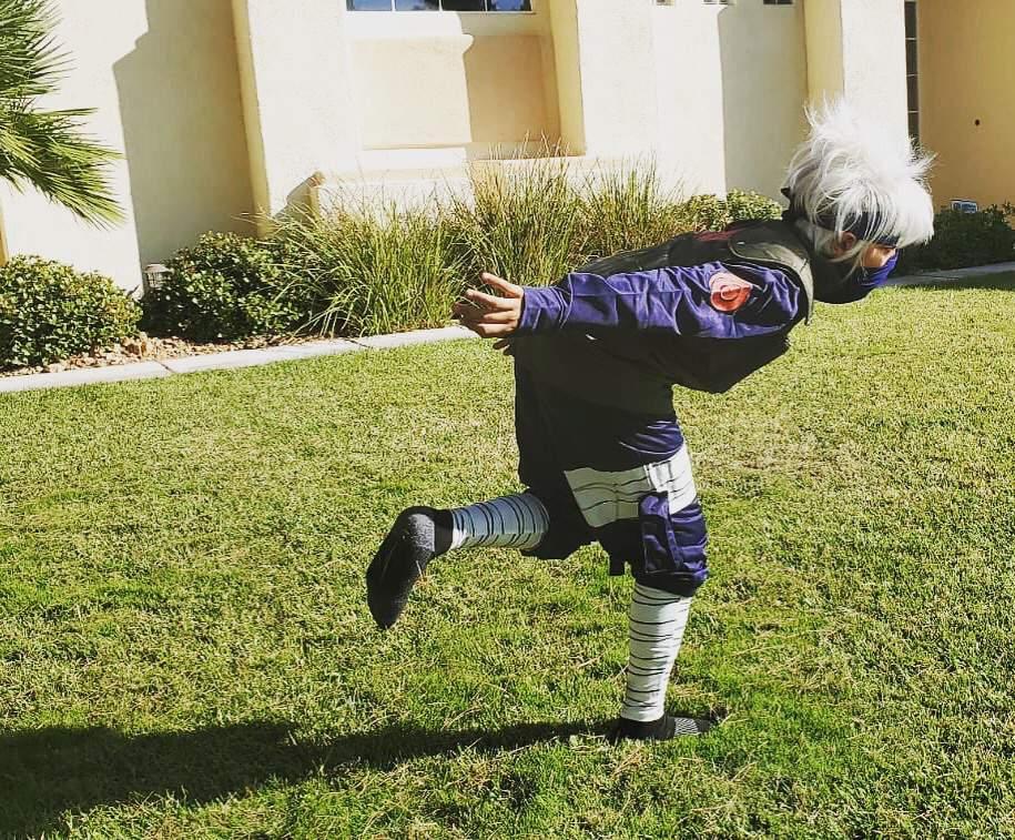 Kakashi Cosplay Anybody Hyped For Halloween Naruto Amino