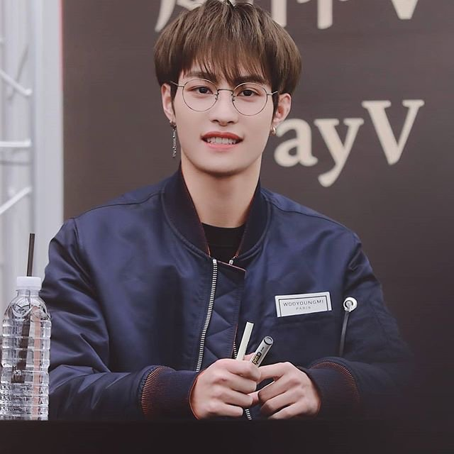 Yangyang 30 Day Challenge Day 21 Glasses Nct 엔시티 Amino