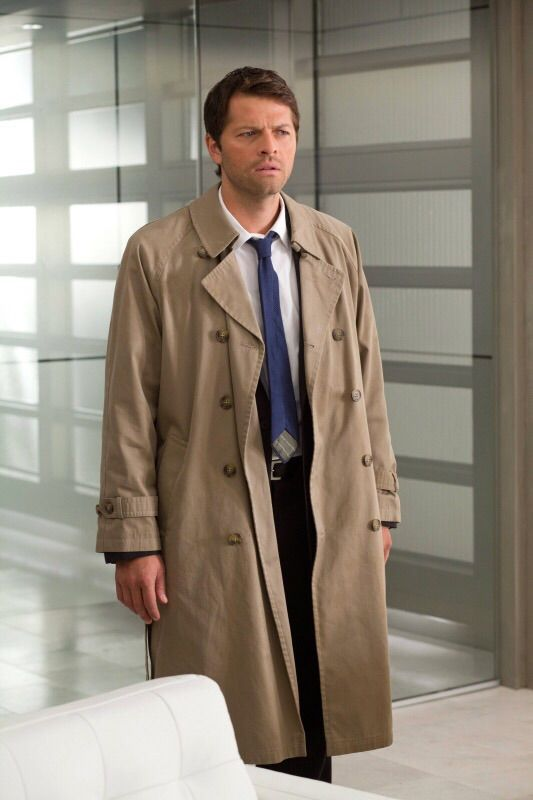 Castiels tie supernatural amino has anyone ever notices cass tie is always backwards i happen to come across this while watching s08e08 and it got me thinking has anyone noticed ccuart Image collections